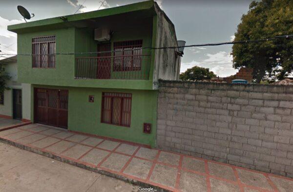 Casa de 2 Pisos Barrio Arismendi