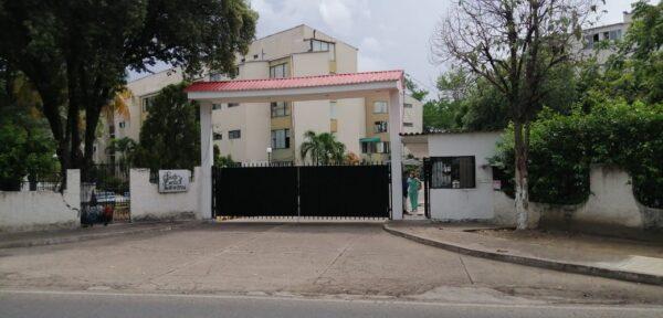 Conjunto Residencial Santa Lucía Apto 102
