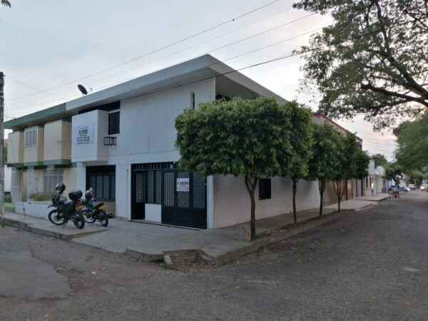 Casa de 2 Pisos Barrio Altico
